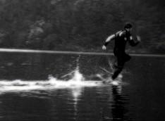 240_waterrunning